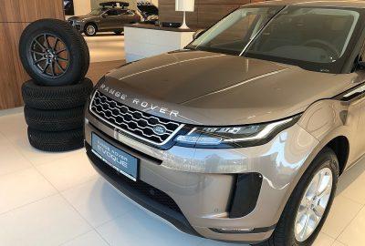 Land Rover Range Rover Evoque 2,0 D150 Aut. bei Auto Esthofer Team in